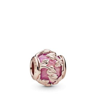 Ružičasti privjesak s ukrasnim lišćem