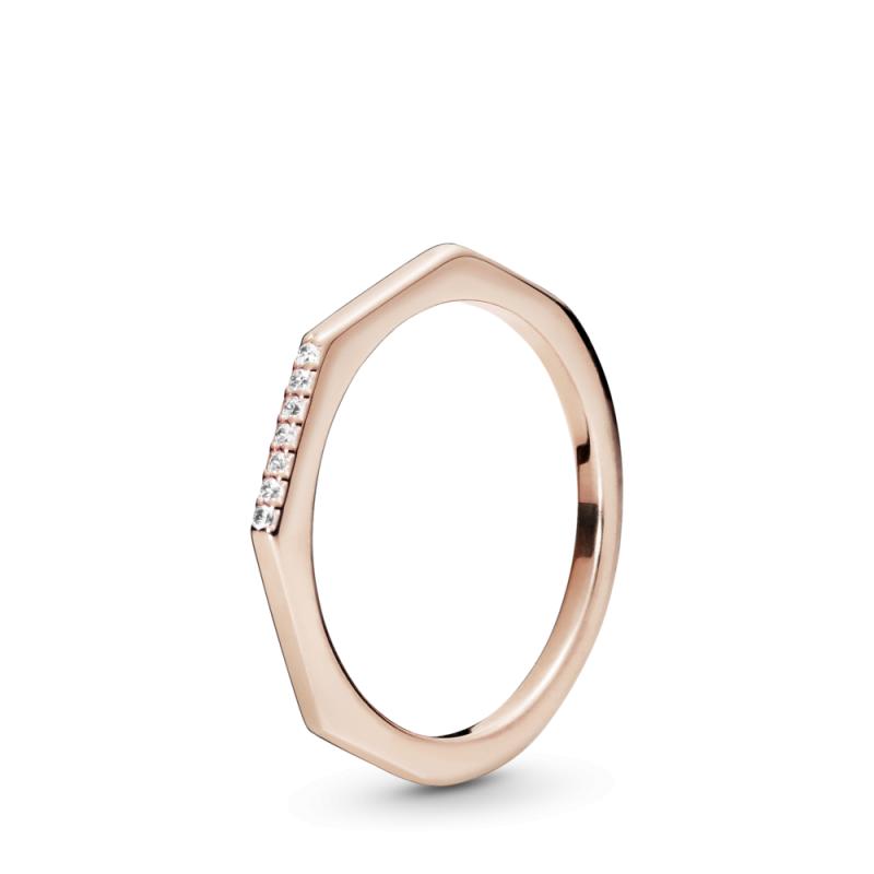 Prsten s fasetiranim kutovima