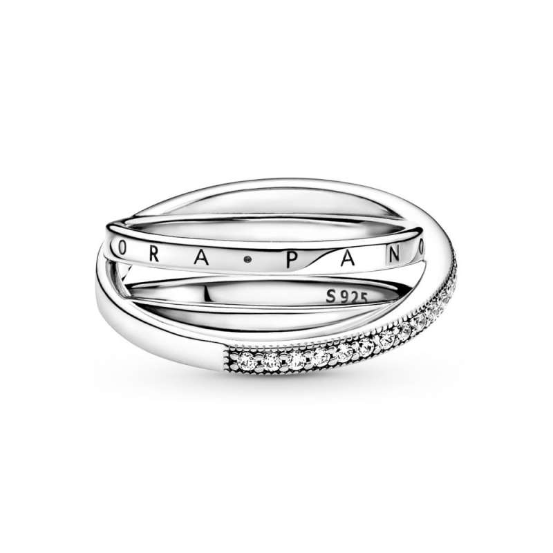 Prsten Tri isprepletena pavé obruča
