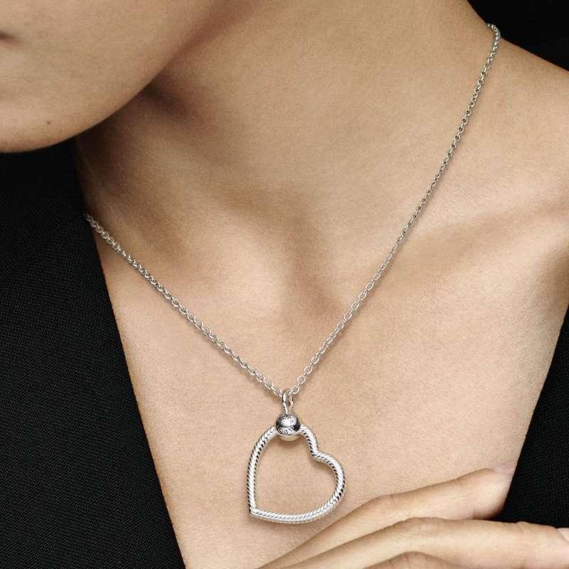 Viseći privjesak Pandora Moments O u obliku srca