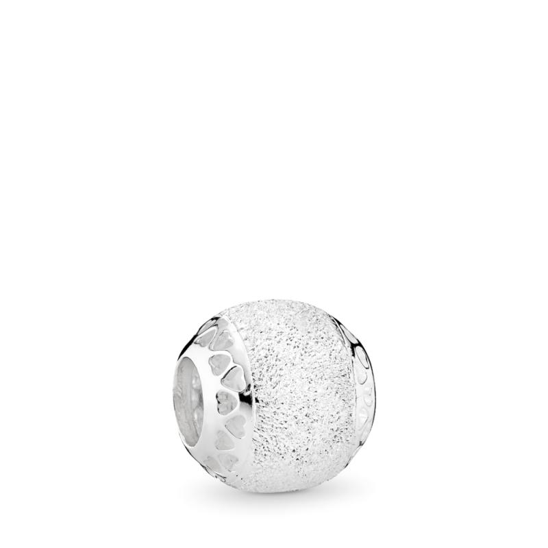 Privjesak s dijamantnim punjenjem